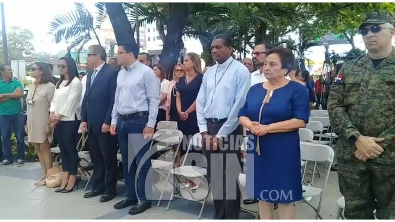 Alcaldía DN deja remozado parque La Lira