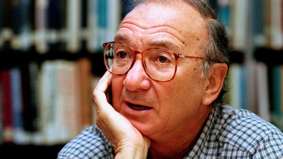 Muere el prolífico dramaturgo Neil Simon en Nueva York
