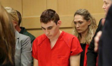 Autor de matanza en Parkland escuchaba una voz que le ordenaba matar