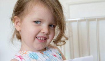 Niña británica de tres años registra un coeficiente superior a Einsten