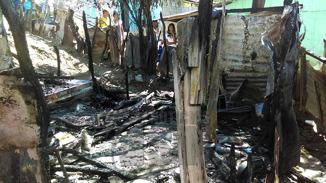 Mueren dos menores al incendiarse casa en Las Matas de Farfán