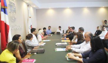 Alcaldía DN capacita voluntarios para Jornada de Educación Ciudadana