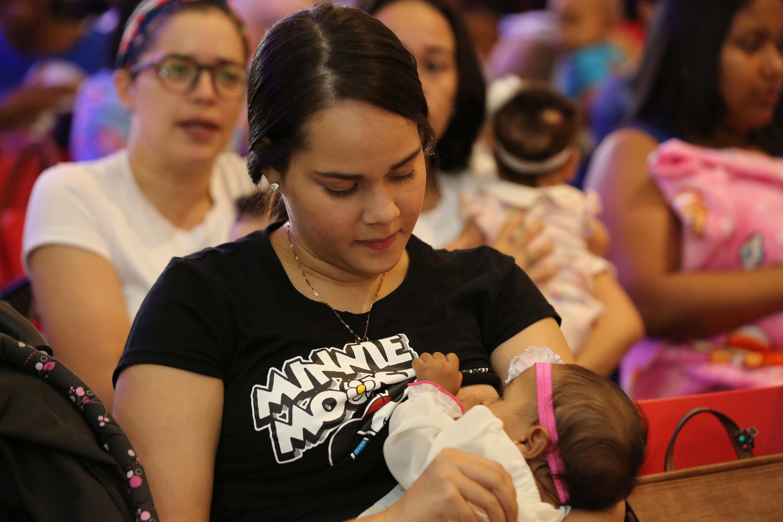 Primera dama llama a promover cultura de la lactancia materna