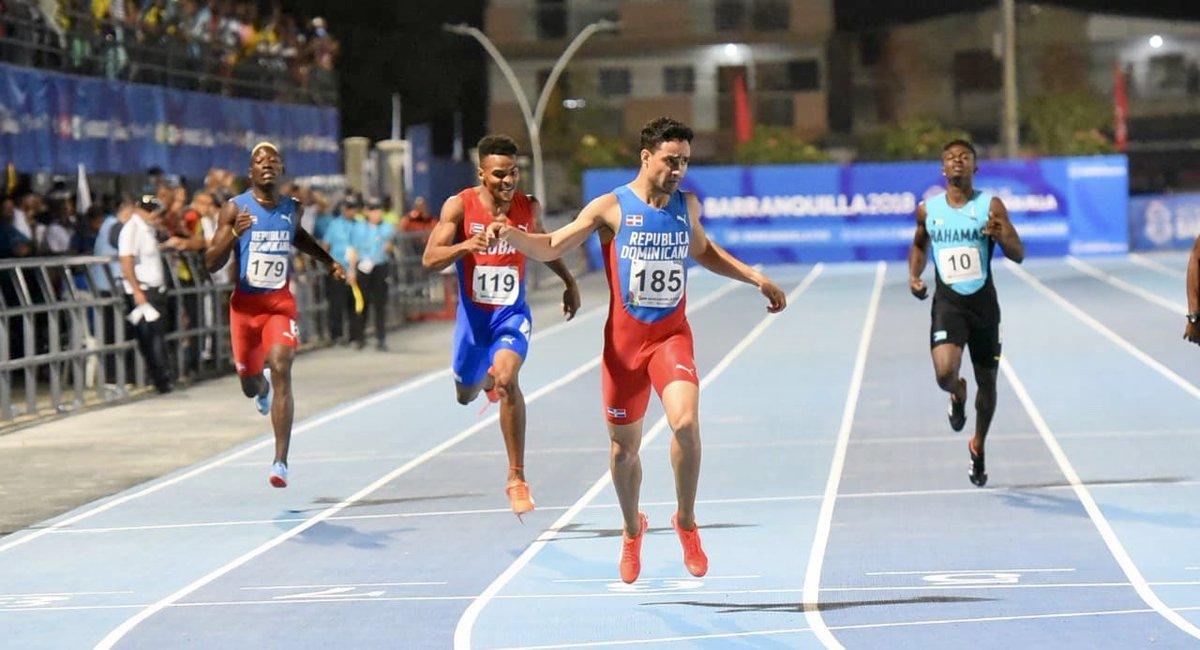Luguelín Santos, oro en los 400 m de los Juegos Centroamericanos