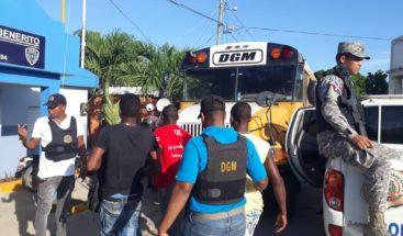 Migración detiene a 441 indocumentados, 157 de ellos haitianos