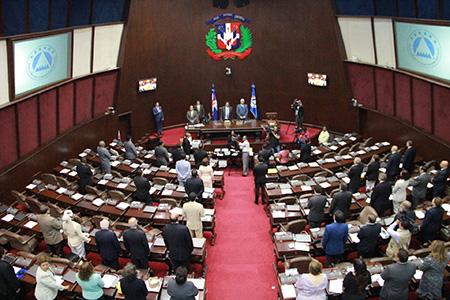 Diputados conocerán hoy informe final sobre Ley de Partidos