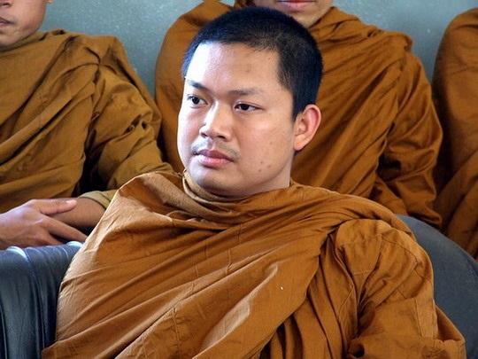 Tailandia condena a un antiguo monje a 114 años de cárcel por estafa