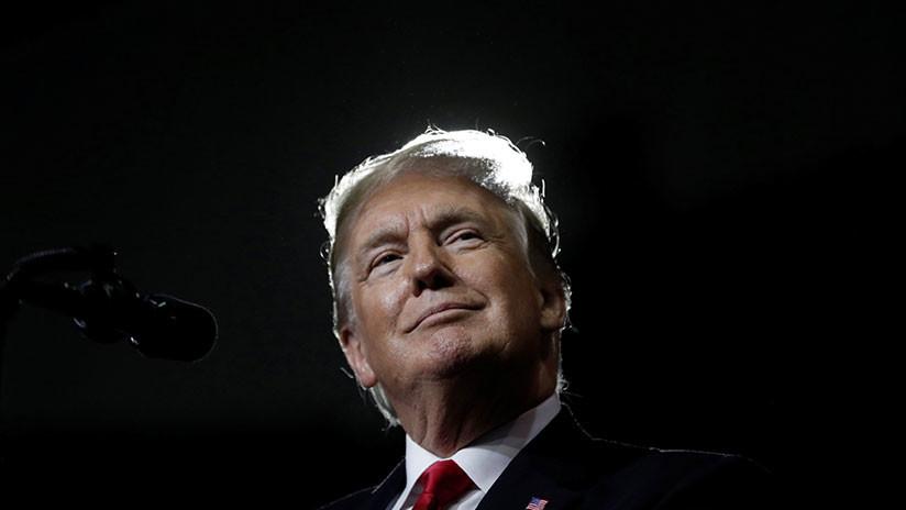 Trump pide al fiscal general parar investigación de Mueller