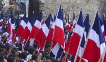 Danilo Medina expresa admiración por próceres de la Restauración