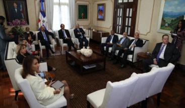 Comisión de Transporte se reunió con Medina para reforma del sector