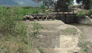 Autoridades garantizan agua potable a pesar de la sequía
