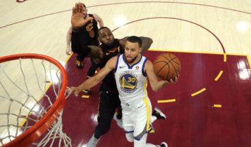 Stephen Curry defiende a James del menosprecio de Trump