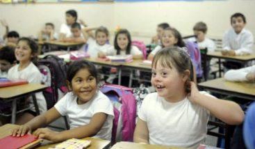 Minerd busca mejorar seguridad en escuelas para niños con discapacidad