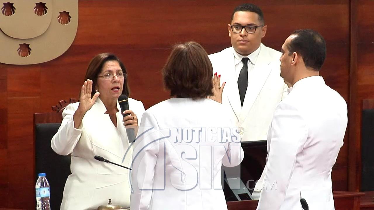 Regidores eligen nuevo presidente Sala Capitular en Santiago