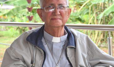 Dan último adiós a monseñor Mamerto Rivas en Barahona