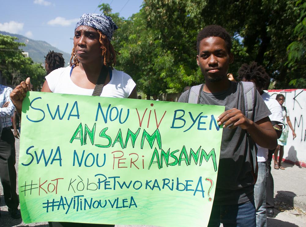 Cientos de haitianos se manifiestan contra la corrupción en su país
