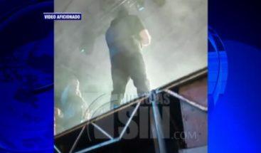 Jerry Rivera se recupera tras caida en escenario