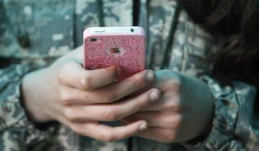 Alarma por el suicidio de dos adolescentes por el juego viral 'Momo'