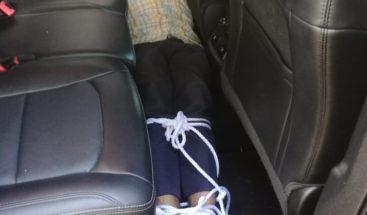 PN determina fue un auto robo caso hombre amarrado dentro de vehículo