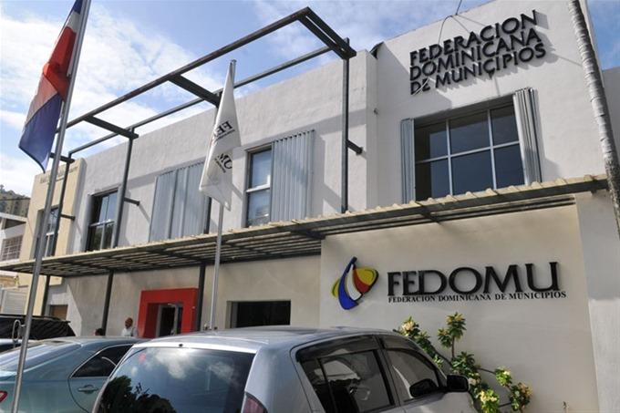 FEDOMU se suma a la lucha que lleva el CARD contra nuevos impuestos