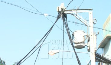 Miles de clientes afectados por salida de generadora eléctrica