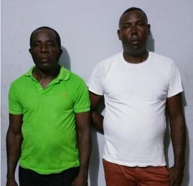 Apresan dos hombres con dinero falsos en Moca