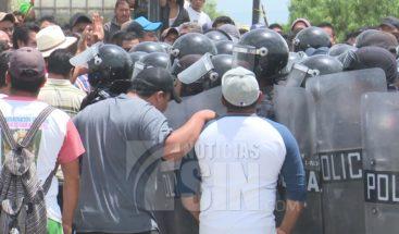 Intentan linchar a presuntos ladrones de vehículos en México