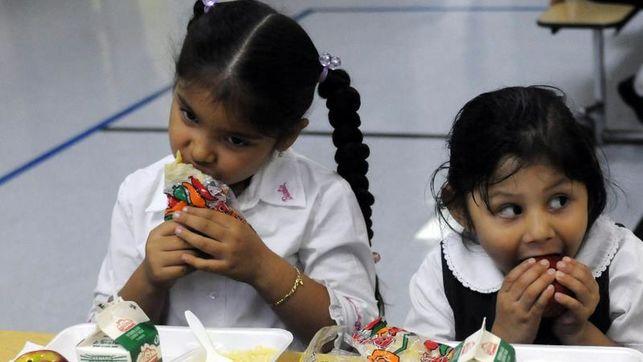 Recortes de Trump amenazan educación nutricional en EEUU, según experta
