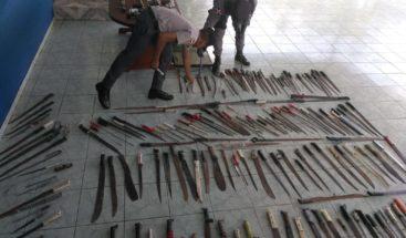 PN ocupa diversas armas durante operativo en región Este
