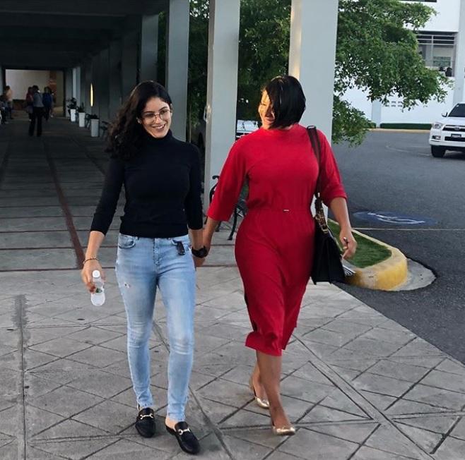 La Condesa y su hija se graduarán como abogadas tras estudiar juntas
