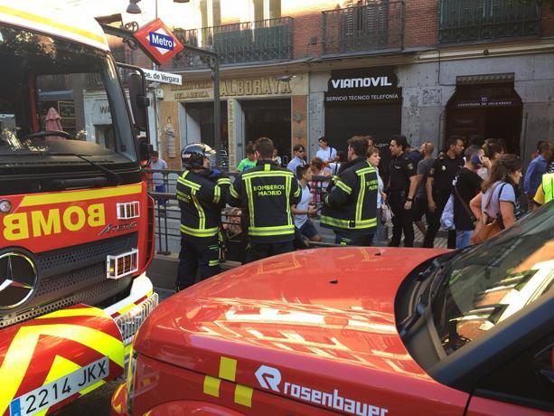 Seis heridos leves en el metro de Madrid tras estallar el ordenador de una mujer