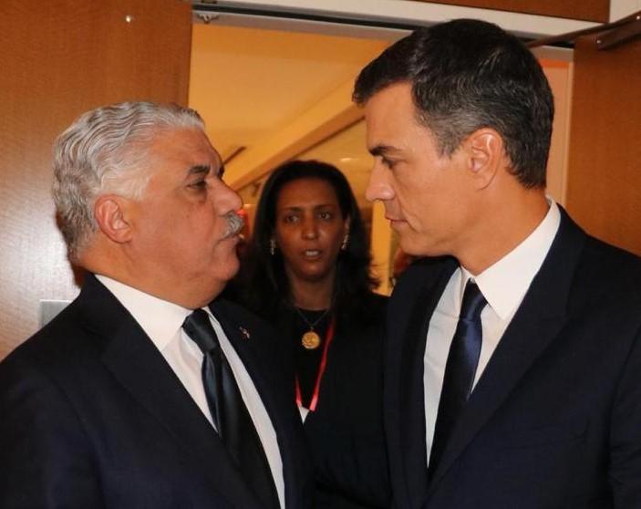 Canciller Vargas sostiene reunión bilateral con el presidente de España