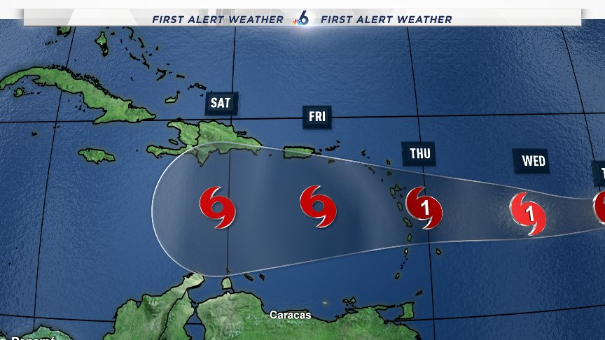 Alertas a la población de las Antillas Menores ante paso huracán Isaac