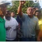 Choferes protestan en contra de inclusión de un corredor de la OMSA