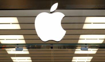 Apple cotiza a la baja en Wall Street tras declaraciones de Trump