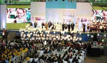 Despacho Primera Dama, Educación e iglesias dan mensaje de paz al país