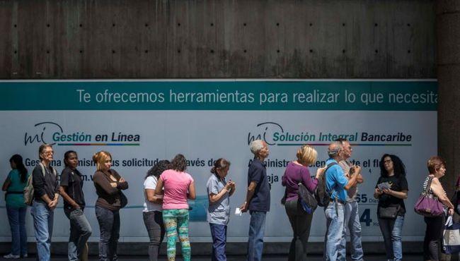 Pensionados vuelven a reclamar al Gobierno de Maduro por pagos