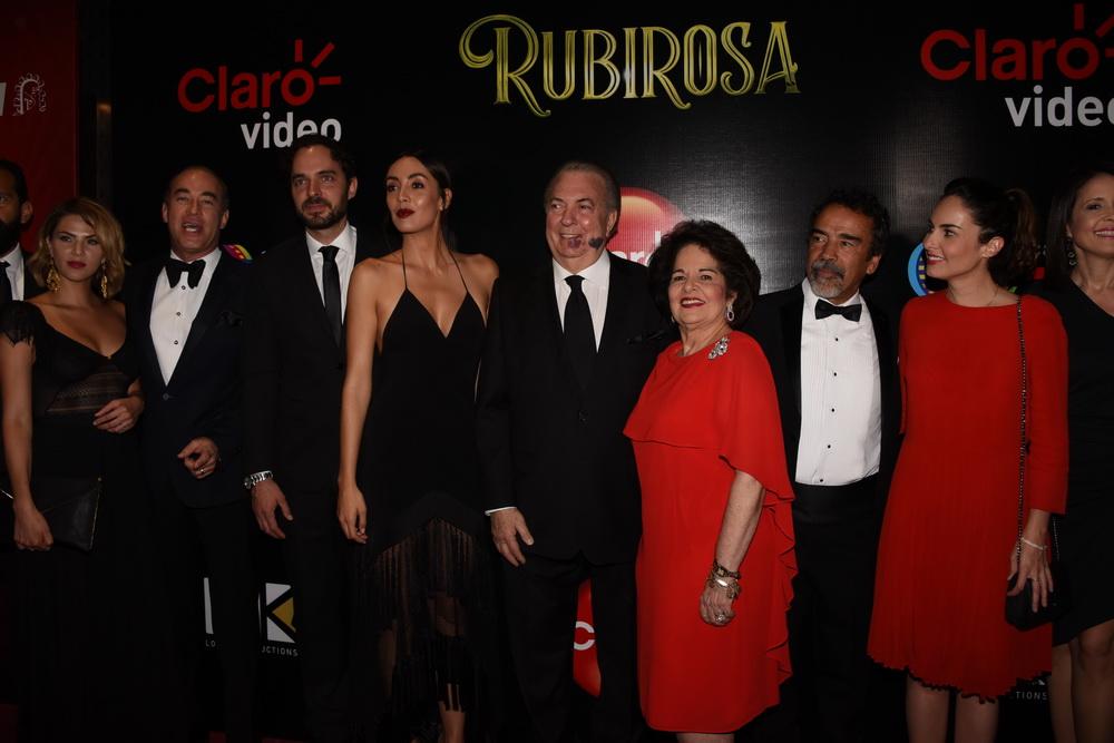 """Ministro de cultura asiste a la premier de la películas """"Rubirosa"""""""