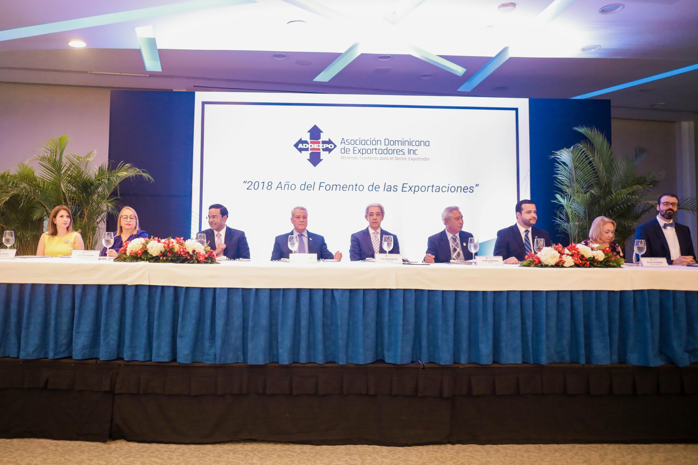 ADOEXPO propone modelo de desarrollo impulsado por exportaciones