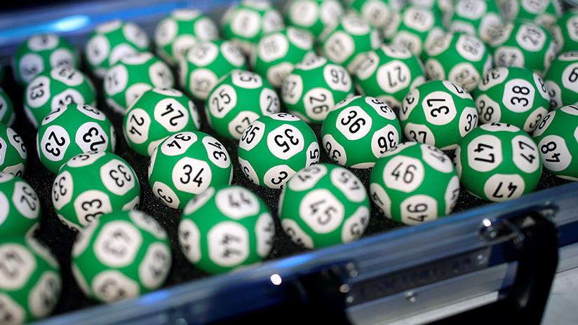Le dice en broma a su marido que ganó lotería y un mes después la gana