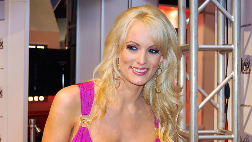 Actriz porno Stormy publicará libro de sus aventuras sexuales con Trump