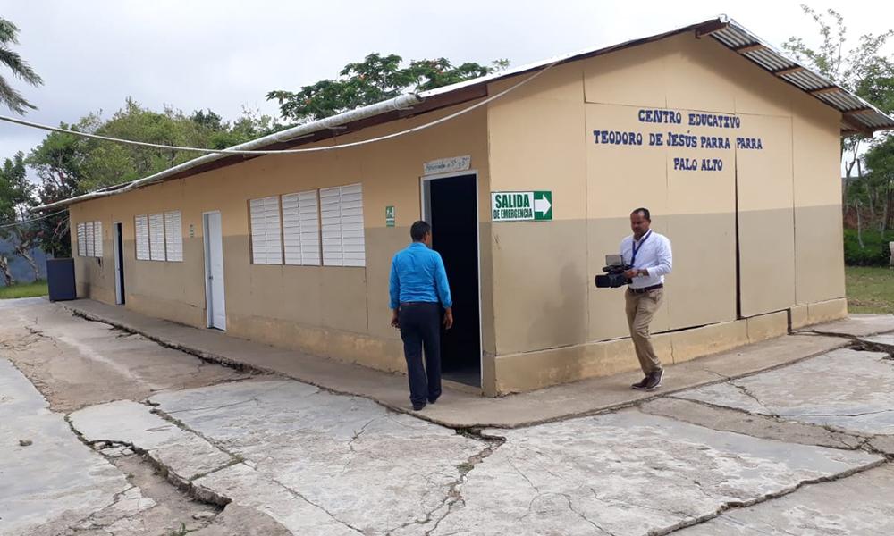 Exigen reparación de escuela para iniciar docencia en Santiago