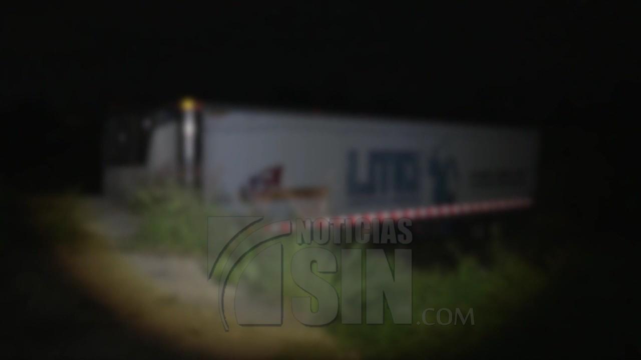 Revelan furgón utilizado como morgue en México tiene casi 300 cadáveres
