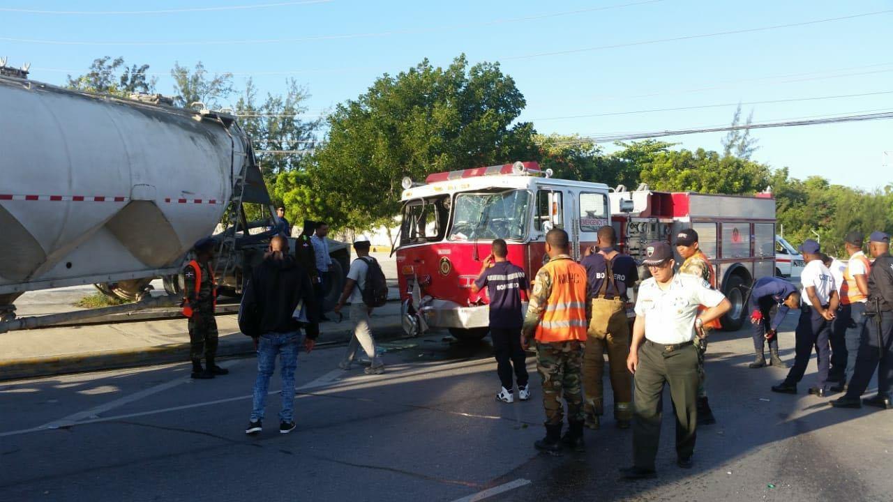 Accidente deja un bombero muerto y otros tres heridos en Punta Cana