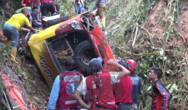 Suben a 12 los muertos y a 27 los heridos tras accidente en Ecuador