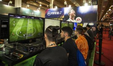 Acusan a EA de introducir elementos de juegos de azar en sus videojuegos