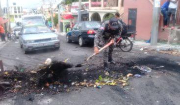 Protestan por falta de agua potable en sector Buenos Aires de Herrera