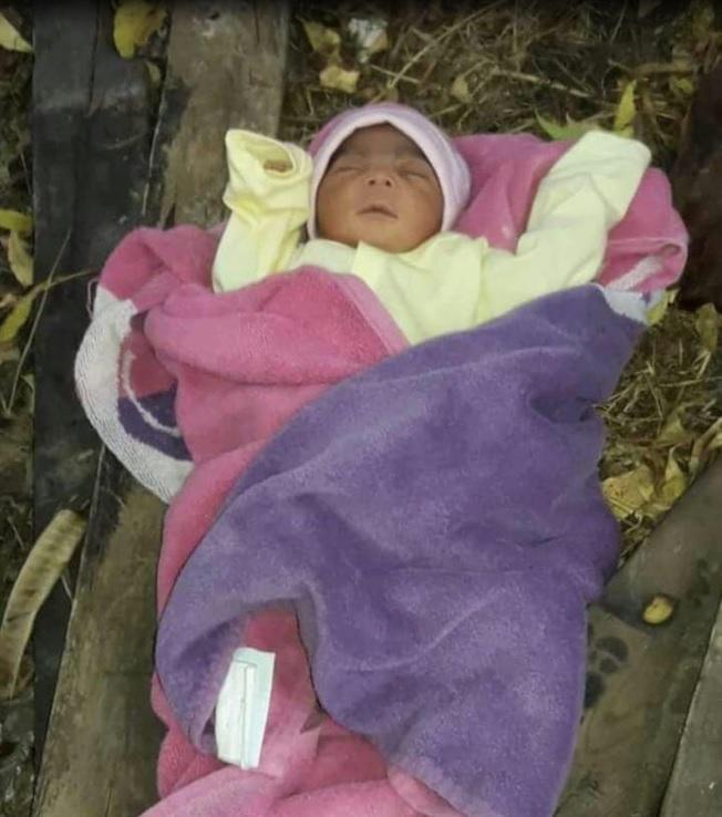 Hallan bebé abandonado en Villa Olímpica de Santiago