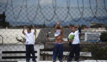 Al menos 2 reos muertos y 4 heridos en un tiroteo en cárcel de Guatemala