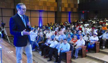 Abinader asegura gobierno 2020 masificará deportes en escuelas y barrios